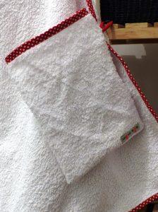 Cape de bain et gant bebe Elise (4)